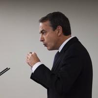 Moody's warns of downgrade to Spanish debt
