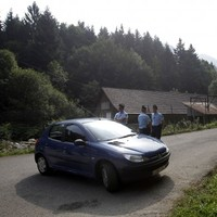 Four-year-old girl found alive after Alps shooting