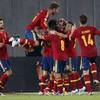 Soldado comes to world champions' rescue