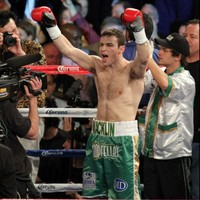 VIDEO: Macklin back to winning ways with first round stoppage