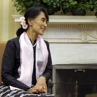Aung San Suu Kyi awarded with the US Congress' highest civilian honour