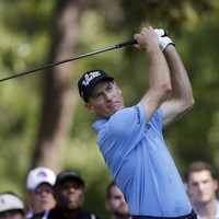 Furyk grabs lead at PGA Tour Championship