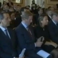 Video: Enda Kenny checks his phone during Pope Benedict speech