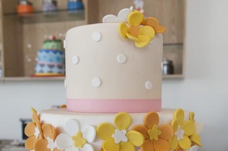 Mmm. Cake.