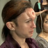 So apparently making a bagel shape in your forehead is a 'thing' now