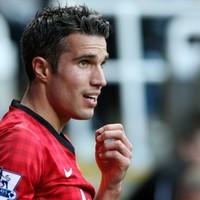 Van Persie avoids FA sanction despite Pardew criticism