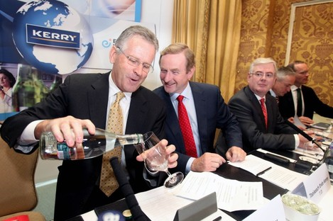 Taoiseach Enda Kenny with Kerry Group CEO Stan McCarthy at the announcement this morning