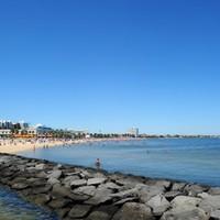Australian visa price hike criticised