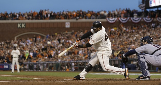 World Series: Sandoval powers Giants past Tigers