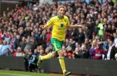 Dogged Norwich thwart Lambert's 10-man Villa