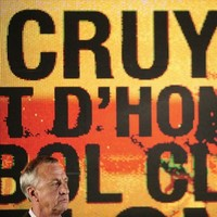'Just be a man': Davids wants Cruyff apology for skin colour comment
