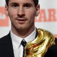 'Ronaldo was my hero' says Messi... (not that one)