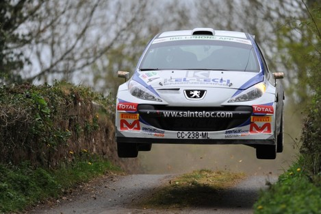 Craig Breen and Gareth Roberts in the Peugeot 207 S2000 Rally in Belfast.