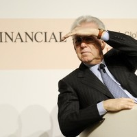 Italian prosecutor files charges against ratings agencies