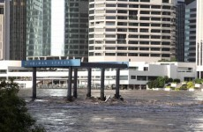 Brisbane evacuations expected to reach thousands (Video)