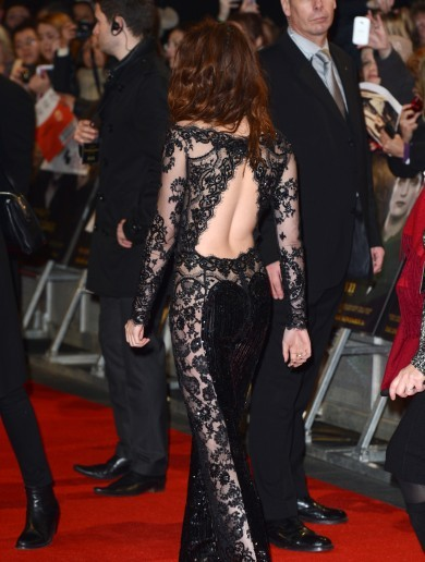 The Dredge: Now Kristen Stewart is wearing NO pants!