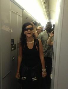 "Rihanna ""having the craic"" on her round-the-world plane trip"