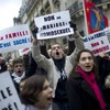 Anti-gay marriage protesters rally in Paris