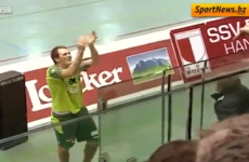 VIDEO: Here's what happens when you kiss an Italian handball athlete during a game