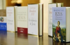 Pictures: Pope launches final volume of Jesus' biography