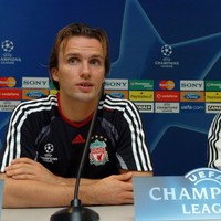 Benitez to name Zenden as his No.2 - Report
