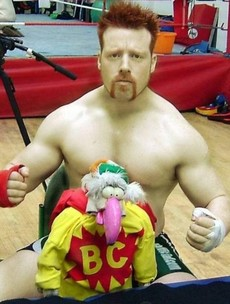Snapshot: WWE's Sheamus and his famous Thanksgiving turkey