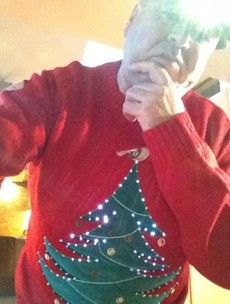 Pic: How to look cool while wearing a Christmas jumper