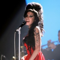 Danish theatre cancels Amy Winehouse play