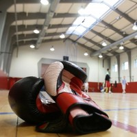 Walker steps closer to boxing gold