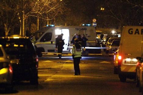 Gardai at the scene on Furry Park Road, Dublin wher Eamon Kelly was shot dead.