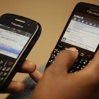 Half of EU businesses gave smartphones or laptops to staff