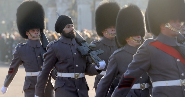UK: Sikh soldier becomes first to guard Queen while wearing turban