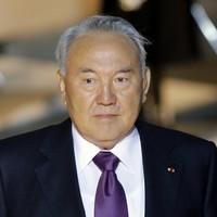 Kazakhstan military plane crashes, killing 27