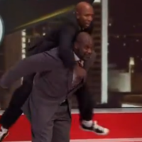 VIDEO: Oh nothing, just Kenny Smith riding Shaq like a horse