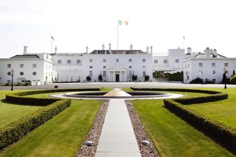 Brian Cowen will travel to Áras an Úachtaráin on Tuesday to seek the dissolution of the Dáil.