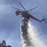 Australia bushfires rage in 'catastrophic' conditions