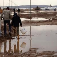 Torrential rains hit desert Jordan, floods sweep Middle East