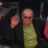 VIDEO: The Lakers are so bad Jack Nicholson and Adam Sandler walked out early