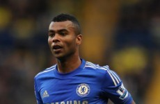 Ashley Cole agrees new 1-year deal at Chelsea