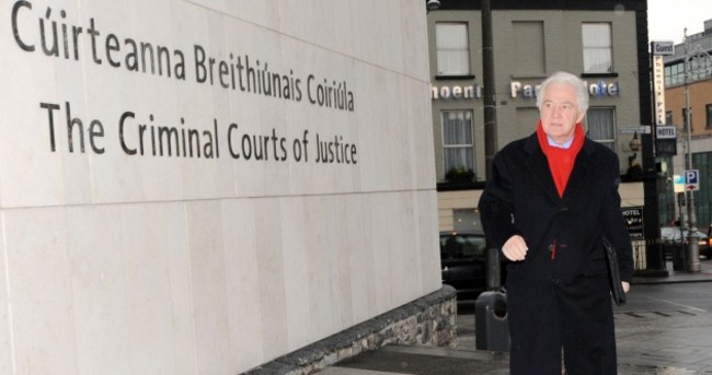 Pics: Seán FitzPatrick back in court as Anglo trial date set for January 2014