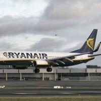 Ryanair reports profits of €18m in third quarter of 2012
