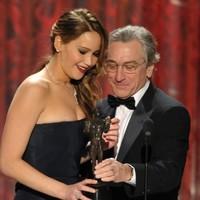 The Dredge: Morto for Jennifer Lawrence, her dress fell off