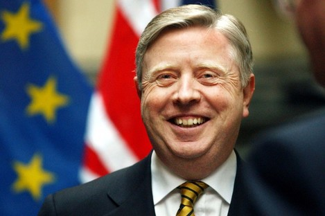 Pat Cox (file photo)