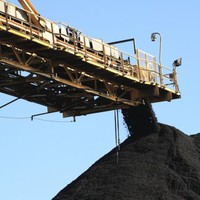 Nine trapped after Russia coal mine blast
