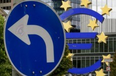 Bond fund suggests reducing Greek debt burden