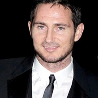 Frank Lampard ends speculation by signing... a book deal