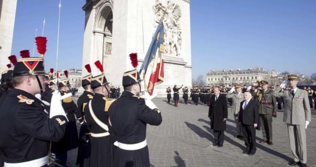 In pictures: Michael D Higgins meets President Hollande in Paris