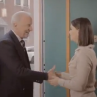VIDEO: Trap in advert for English lessons. World falls off axis.