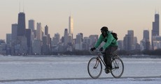 Powerful winter storms blanket central US‎