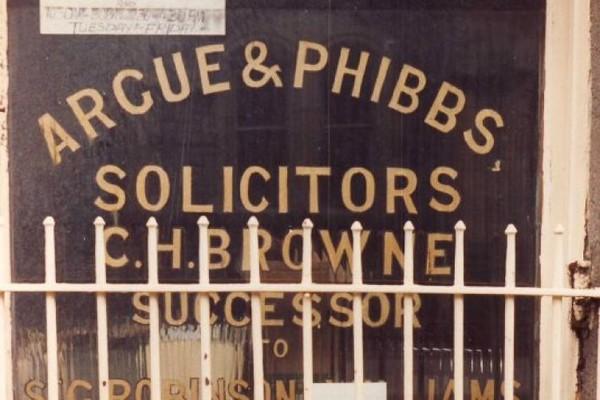 The 13 absolute best shop names in Ireland · The Daily Edge